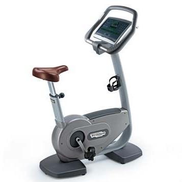 TechnoGym heimtrainer Bike Excite 700i.e classic Silber mit LCD TV gebraucht