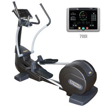 TechnoGym Crosstrainer Synchro Excite+ 700i Schwarz gebraucht