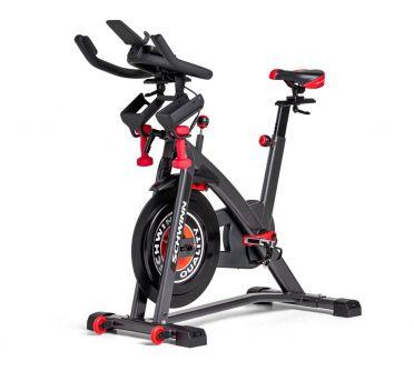 Schwinn IC8 Spinningbike - Zwift + Ridesocial