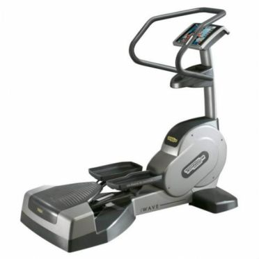 TechnoGym lateral trainer Wave Excite 700i.e classic Silber mit LCD TV gebraucht
