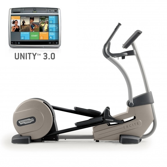 TechnoGym Crosstrainer Excite+ Synchro 700 Unity 3.0 Silber gebraucht  BBTGESY700U3ZI