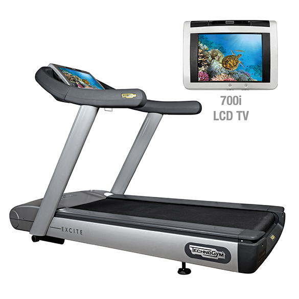 TechnoGym Laufband Run Excite 700i.e classic Silber mit LCD TV gebraucht  BBTGRE700IeCLCDTV