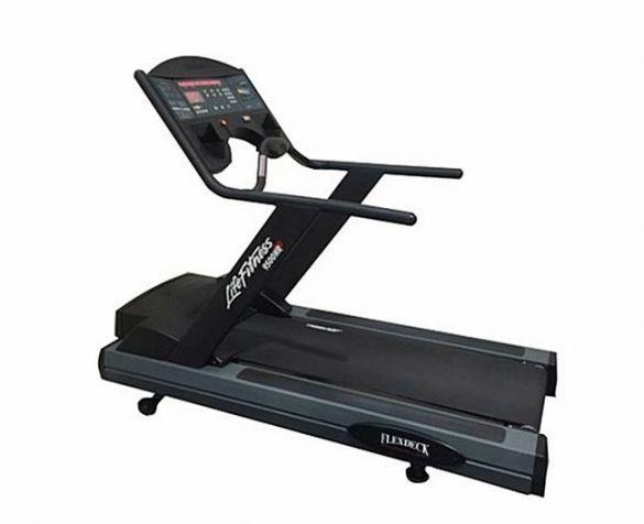 Life Fitness Laufband 9500HR Next Generation gebraucht  BBLFTR9500HR
