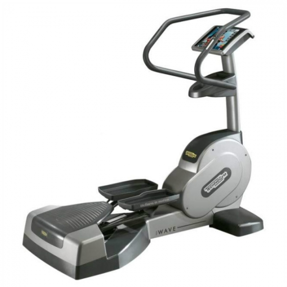 TechnoGym lateral trainer Wave Excite 700i.e classic Silber mit LCD TV gebraucht  BBTGWEE700IeLCDTV